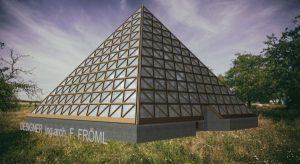Dokončení projektu a návrhu Pyramidy Sjednoceni
